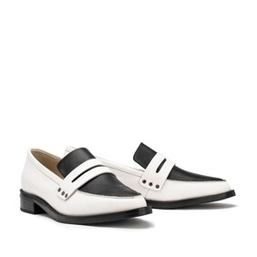 Chaos & Harmony River Loafer - Black/White